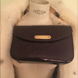 New with dustbag authentic Louis Vuitton bag